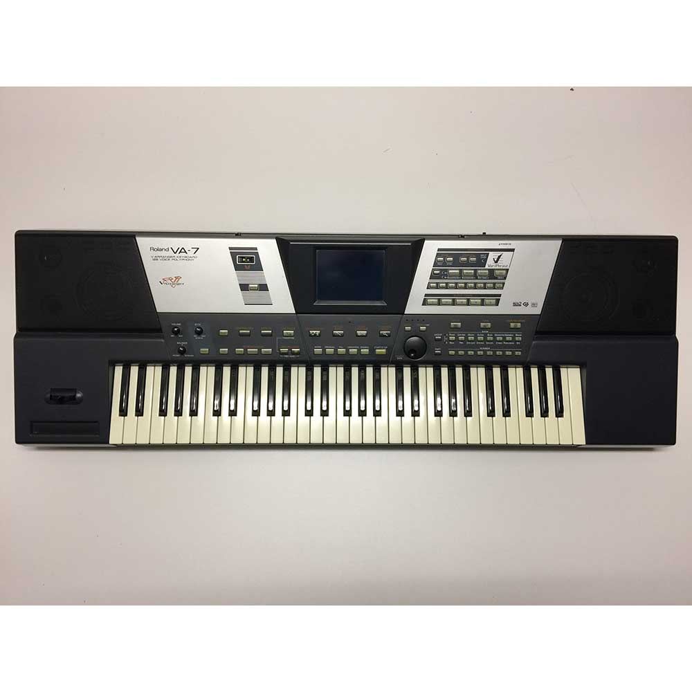 Roland Pre-Owned VA7 Arranger Keyboard in Black