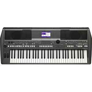 Yamaha PSRS670 Arranger Workstation in Black